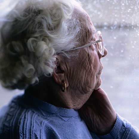 Speaking two languages could postpone dementia