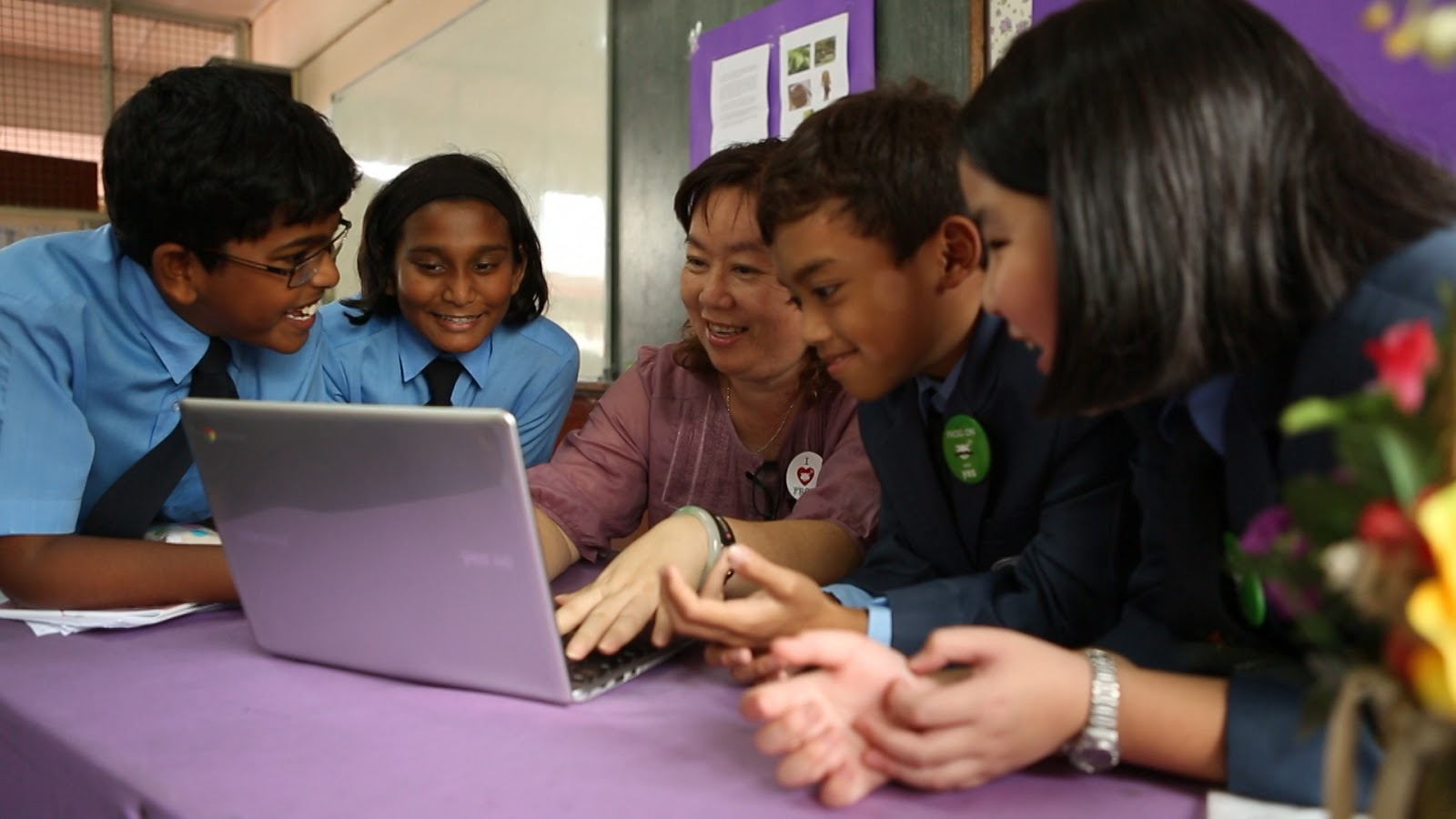 Malaysia to Reform Education System through Web Usage