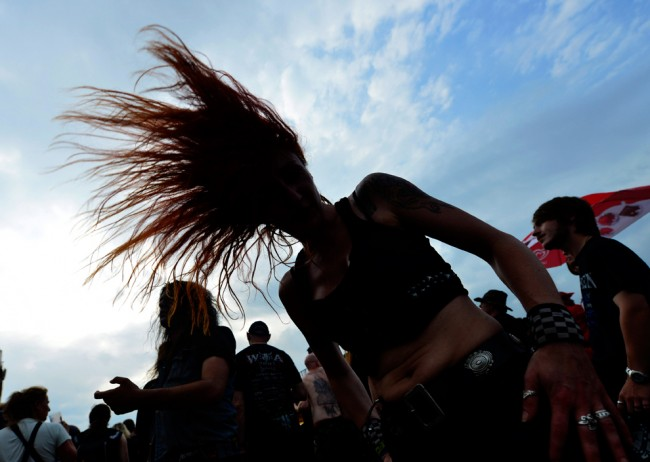 Headbanging to heavy metal can cause brain clot