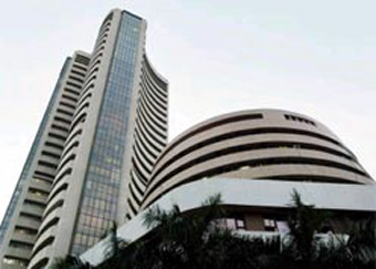 Indian Stocks Continue Upside Move; Currency Gains Against USD