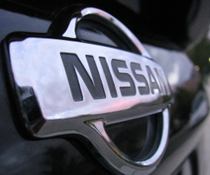 Nissan aiming for 100 dealerships by FY 2012