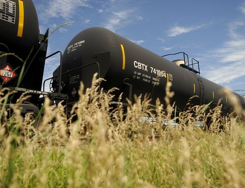 Department of Transportation Issues Oil Train Security Rules