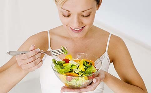 Slow Eating Can Help Lose Weight, Says Research
