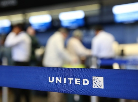 United Airlines offer up to $100,000 to Flight Attendants Who Desire to Leave Job Voluntarily